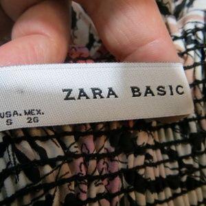 Zara Skirts - Floral Zara Basic Skirt